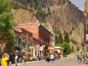 downtown-creede-b4studio